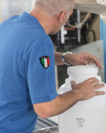 maglia con stemma dell'Italia